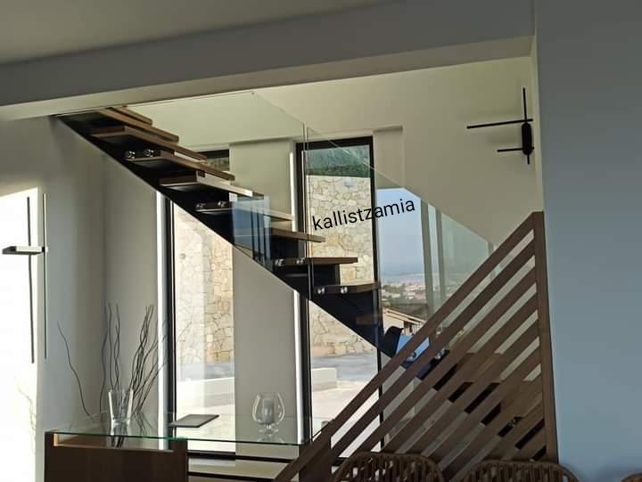 kallis #glass#tzamia#inox#πόρτα#κάγκελα#σκάλα